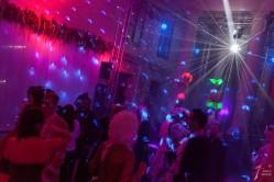 ve_494_gran_carnival_ball